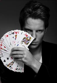 Charlie Clarck le magicien décalé